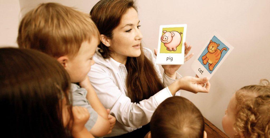 cours d'anglais pour enfant et bébé - Garde d'enfant en anglais